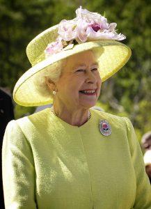 Politiek en overheid. Op dit moment is koningin Elizabeth de Tweede officieel het staatshoofd van Jamaica.