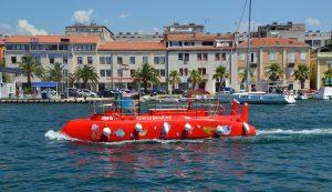 Varen met semi-duikboot is heel erg leuk op Jamaica
